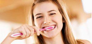 ağız bakımı yapımı, diş fırçalamak ağız bakımına yeterli mi, diş ve ağız bakımı nasıl yapılır