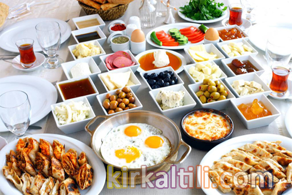 pratik kahvaltı hazırlama, hızlı bir şekilde kahvaltı etme, çalışanlar için pratik kahvaltı