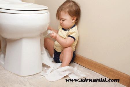 bebekler neden kabız olur, bebeklerde kabızlık görülmesi, bebeklerin kabızlığına çözüm