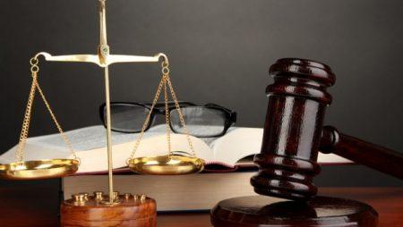 mahkemede yeminli tercüme yapma, mahkemelerde yapılan tercümelerde dikkat edilmesi gerekenler, mahkemede tercüme yapan tercümanın dikkat etmesi gerekenler